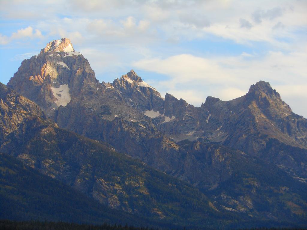 helamanjuarez-mountains